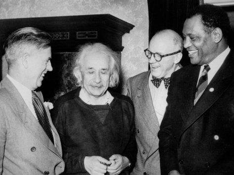 From left: Former Vice-President Henry A. Wallace, Albert Einstein, Lewis Wallace, and Paul Robeson. Einstein had invited Wallace (who was running for President in 1948) and singer/actor/civil-rights activist Robeson to his house to discuss anti-lynching activism. Robeson asked Einstein to co-chair his  organization, American Crusade Against Lynching (ACAL). [Credit: Bettmann / Getty Images]